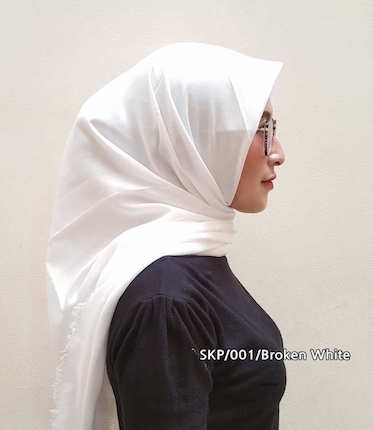 Square Copa - Broken White , model Hijab terbaru, grosir Hijab , model Kerudung segi4, model Hijab, produsen Hijab, supplier Hijab